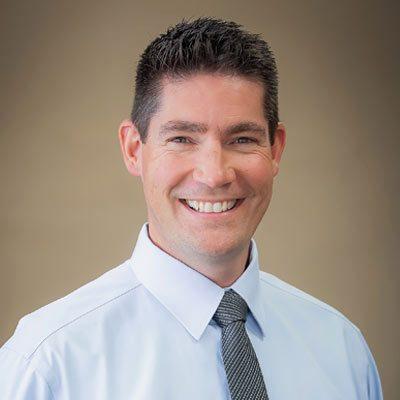Chiropractor Bentonville AR Ryan Hasenclever